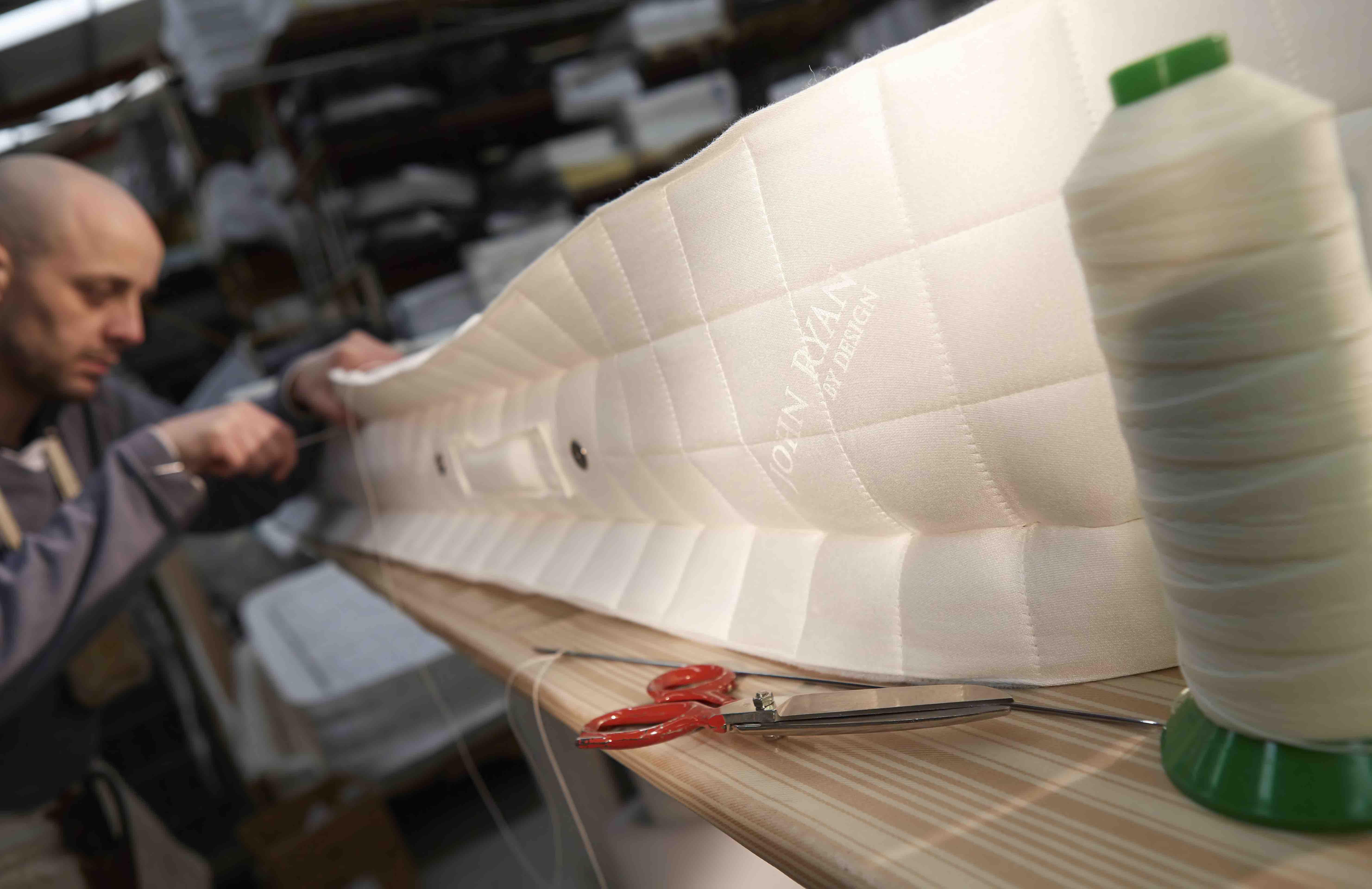 Hand side stitching mattress
