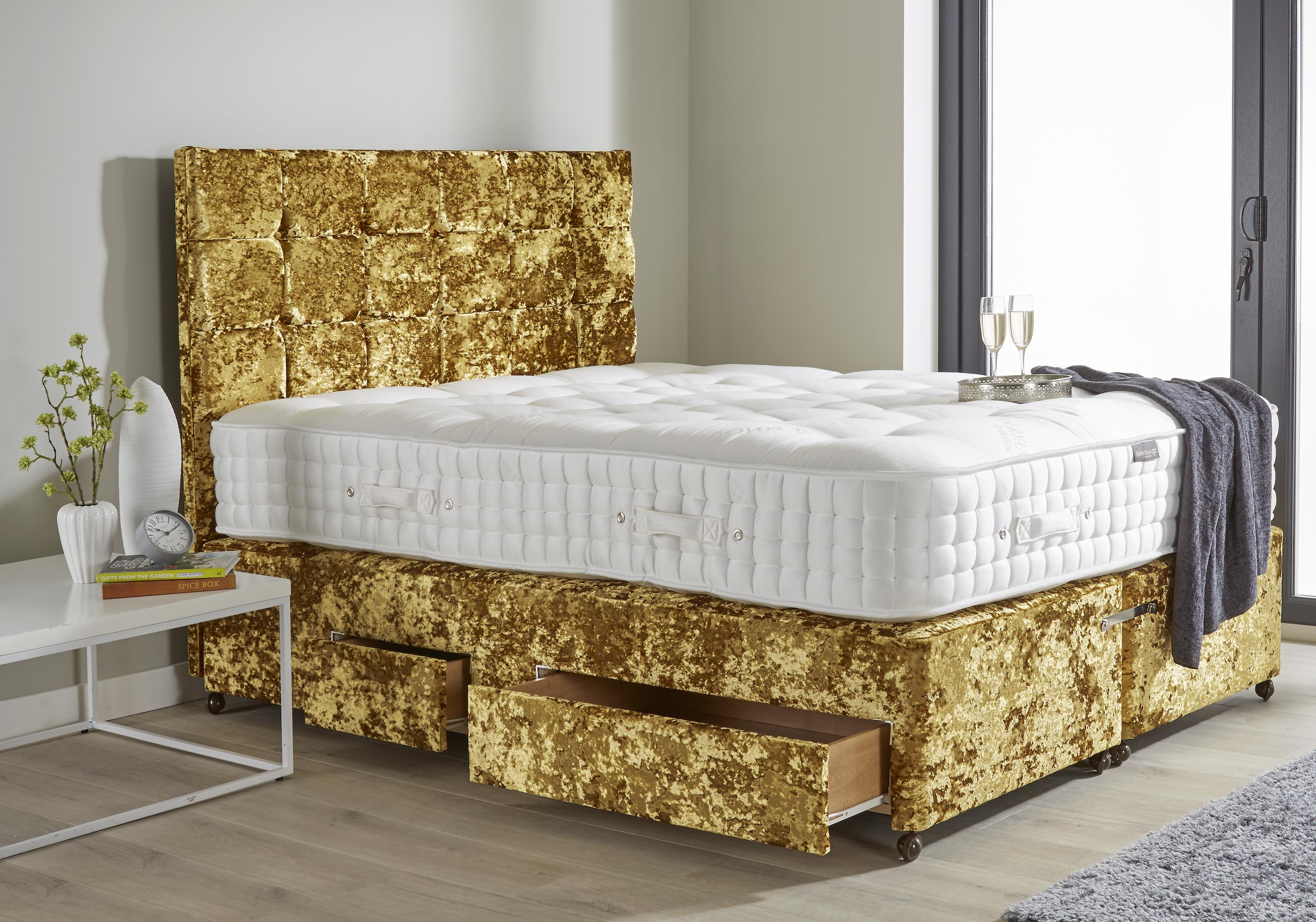 The aesthetic of your bed, like this daring model can really liven up a room