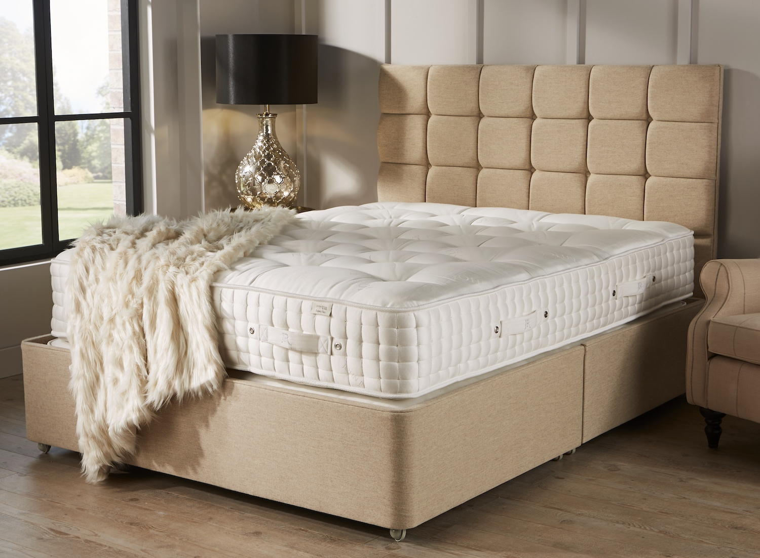 The Worlds Most Luxurious Bed Base The Legacy Mattress