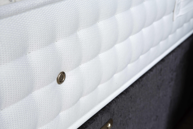 Origins Pocket Latex 1500 air vent