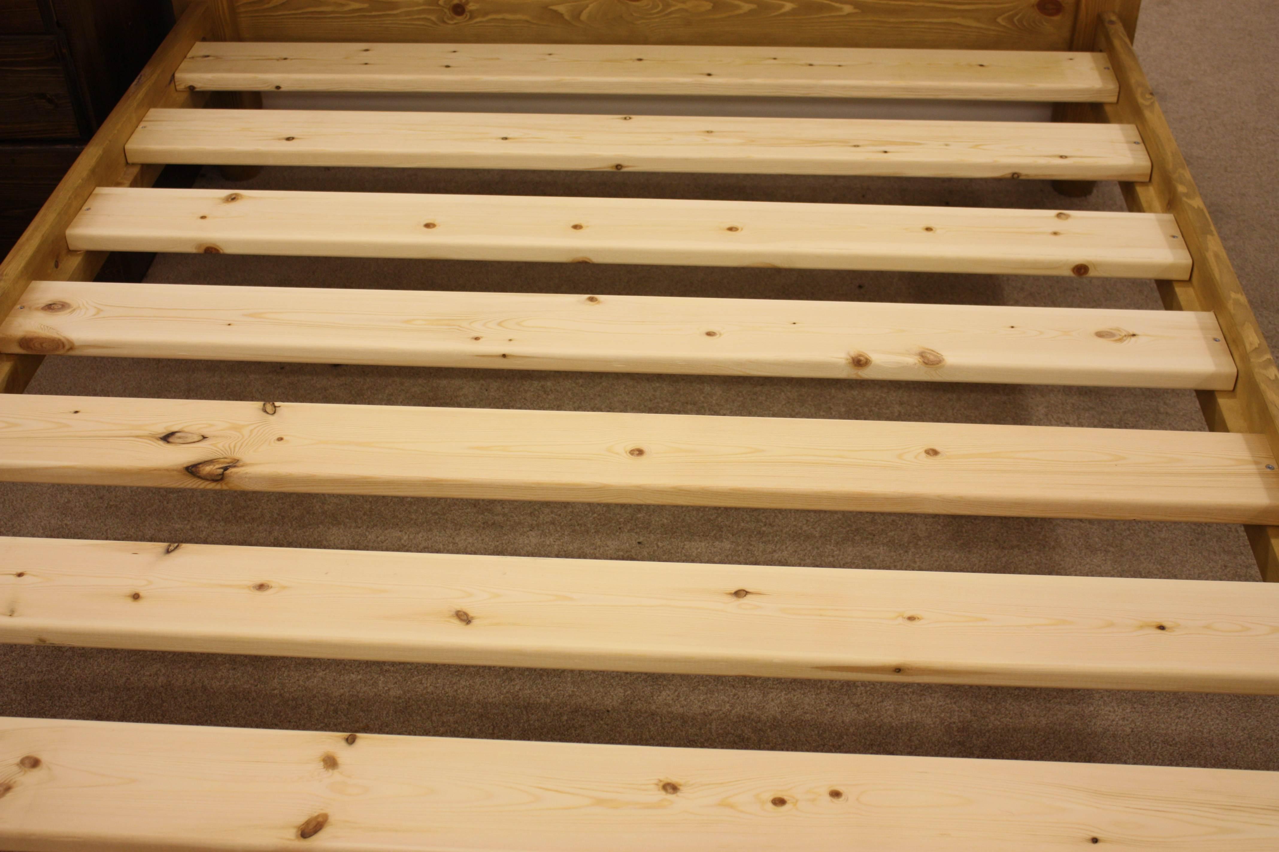 Wooden solid slatted base
