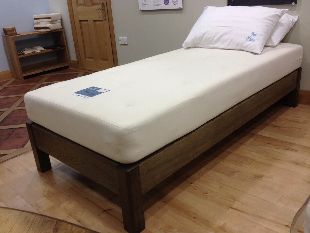 The Snowdon Abaca mattress