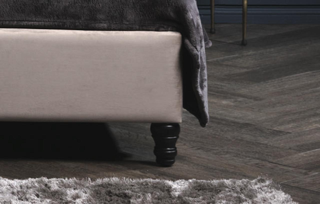 Bed Legs & Details